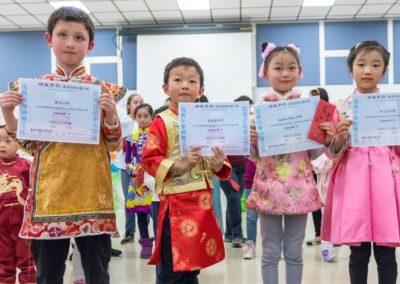07-獲得新澤西中文學校協會2018朗誦比賽低年級組金獎的四名學生